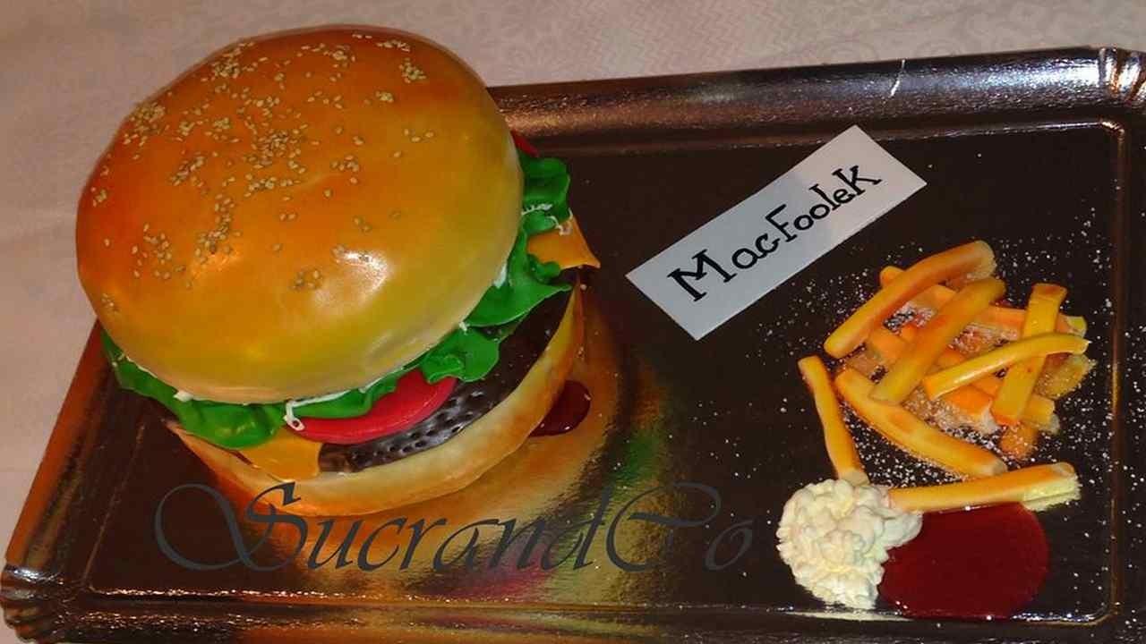 G Teau D 39 Anniversaire Paris Adult Pour Les 19 Ans Mac Foolek Big Mac Macdonald Ile De France