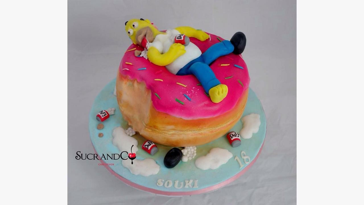 g teau d 39 anniversaire original homer simpsons donut g ant pour les 18 ans souki paris. Black Bedroom Furniture Sets. Home Design Ideas